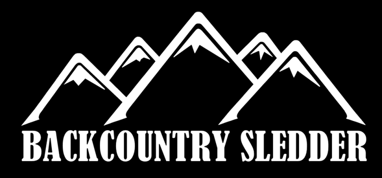 Dessin de montagnes et Backcountry Sledder